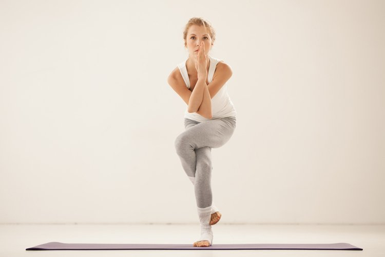 10-yoga-poses-for-faster-weight-loss9