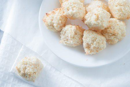 Eggnog Macaroons