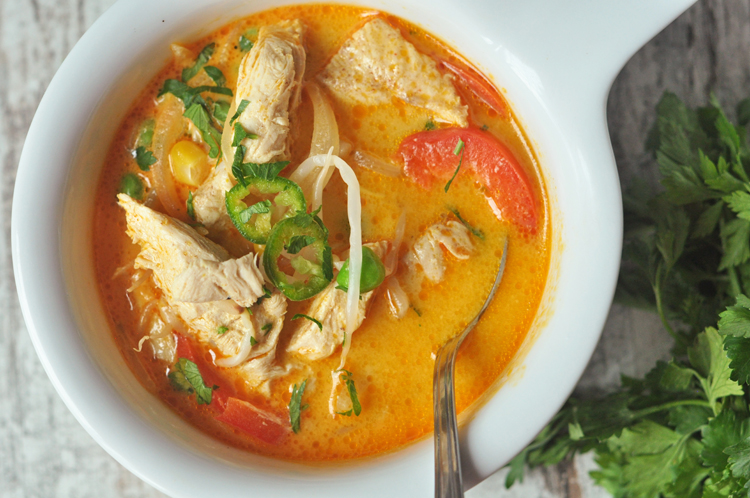 Slow Cooker Thai Curry Soup