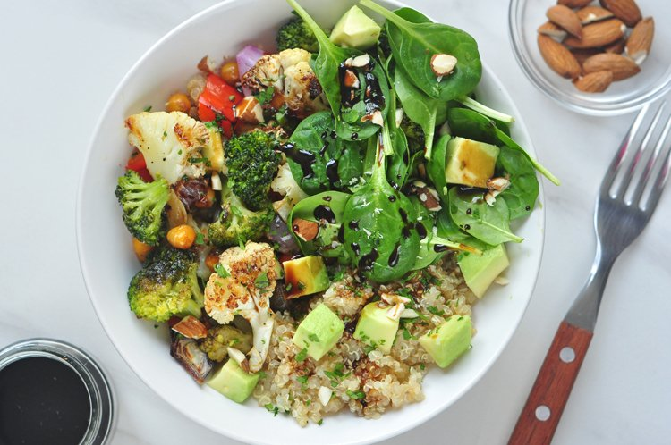 Roasted Vegetable Quinoa Buddha Bowl_high protein vegan recipes