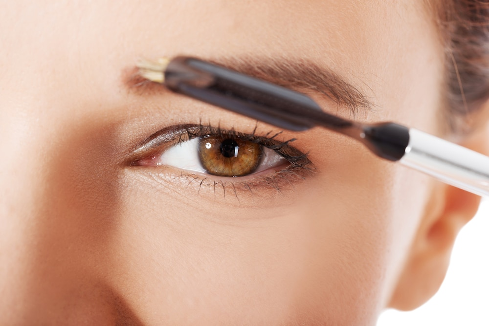 How To Fill In Eyebrows from an Expert: Eyebrow brush