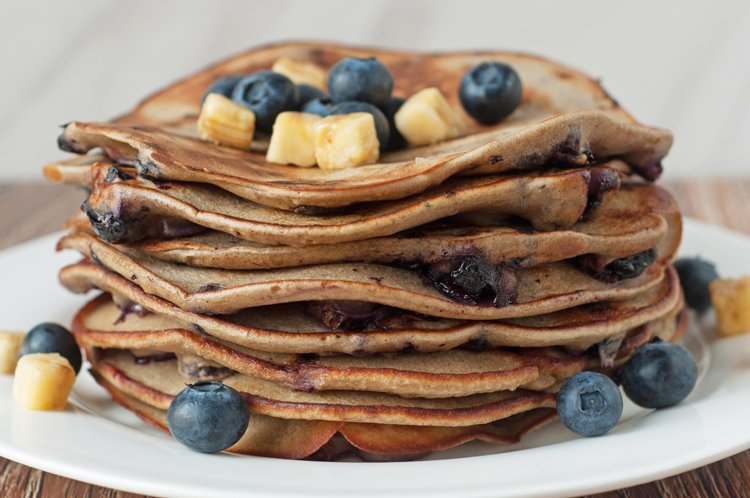 Weight Watchers Banana Blueberry Pancakes