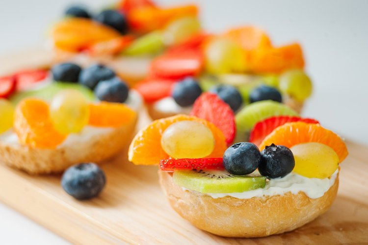 Breakfast Fruit Bagel
