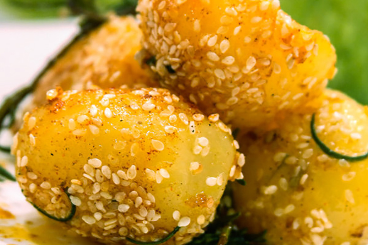 Potatoes With Sesame Seeds & Rosemary