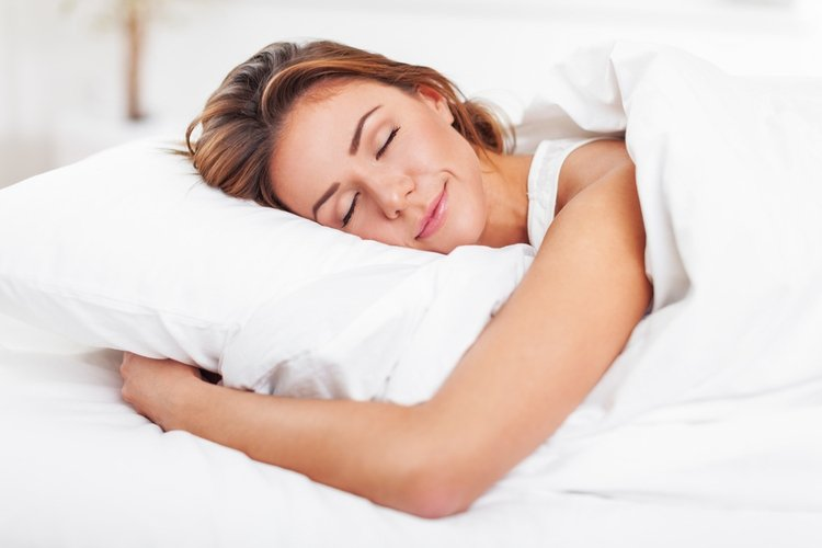 5 Ways Daily Meditation Can Help You Lose Weight sleep
