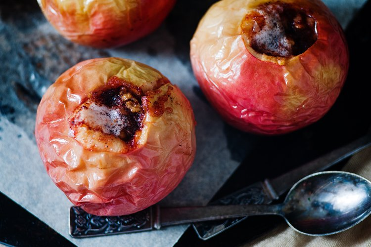 Pecan Stuffed Baked Apples