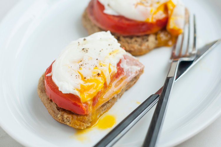 Tomato, Ham, and Poached Egg English Muffin