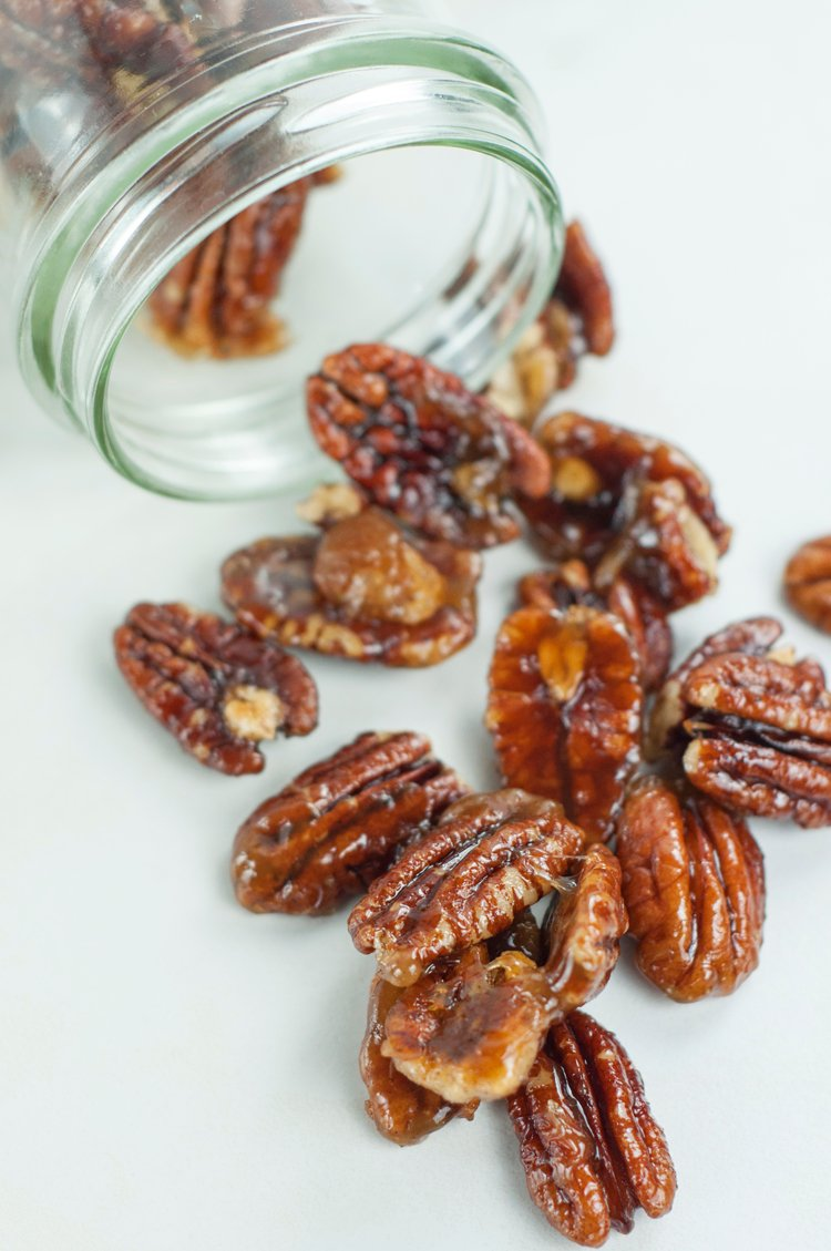 Slow Cooker Roasted Sugared Pecans