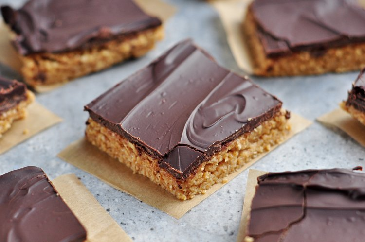 4-Ingredient Peanut Butter Fudge Bars Recipe