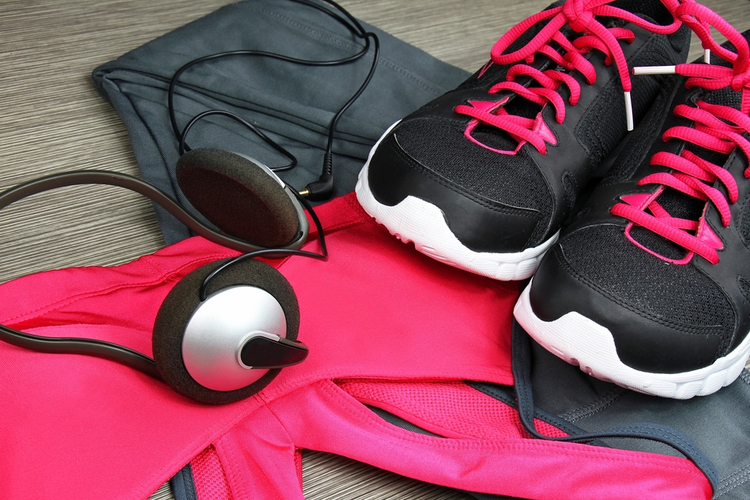 10 Smartest Ways to Buy Workout Clothes on a Budget