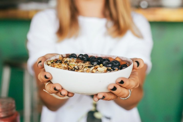5 Ways Daily Meditation Can Help You Lose Weight conscious eating