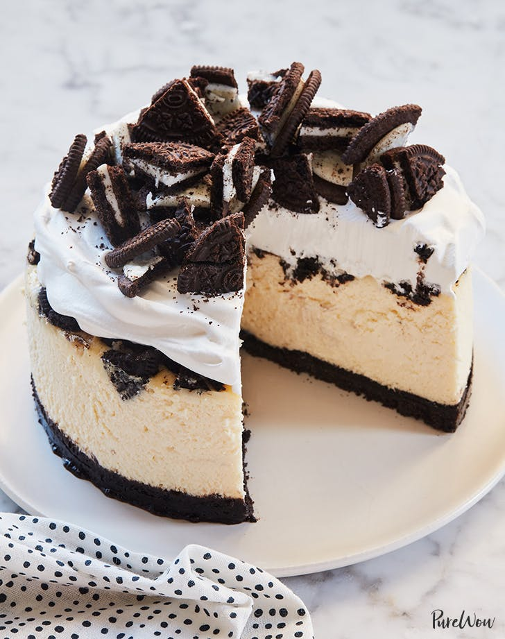 slow cooker oreo cheesecake recipe from purewow