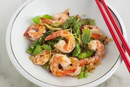30-Minute Lemon Basil Shrimp and Asparagus Recipe