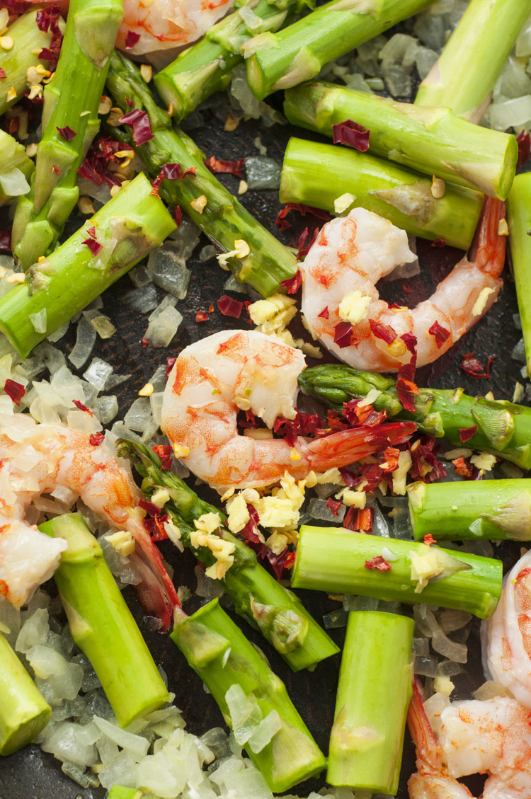 lemon-basil-shrimp-and-asparagus-recipe