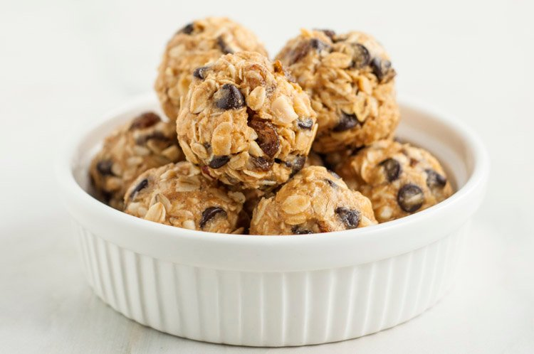 No-Bake Oatmeal Raisin Energy Bites