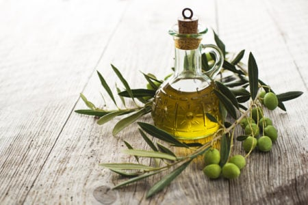 4 Reasons to Make the Switch to Extra-Virgin Olive Oil
