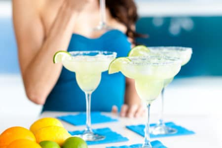 8 Refreshing Skinny Margarita Recipes For Cinco De Mayo