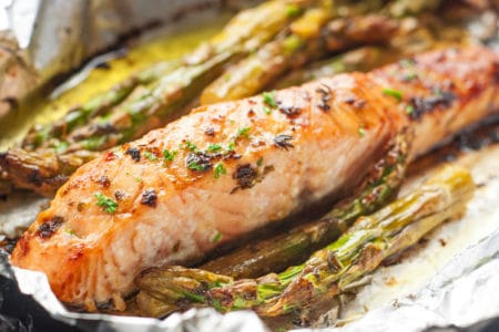Baked Lemon Salmon and Asparagus Foil Pack
