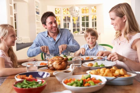 8 Healthy Habits Dietitians Teach to Their Family