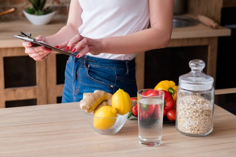 A slow and steady daily caloric deficit is the best way to lose weight safely