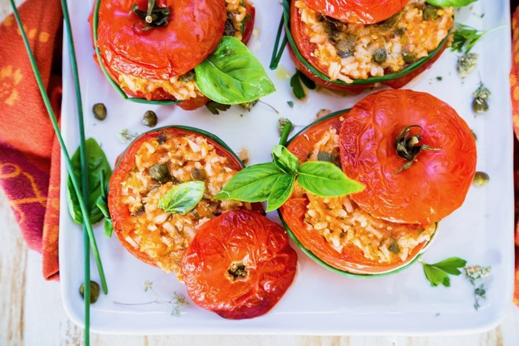 Baked Tomatoes Stuffed With Rice