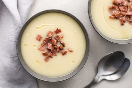 5-Ingredient Bacon Cauliflower Slow Cooker Soup