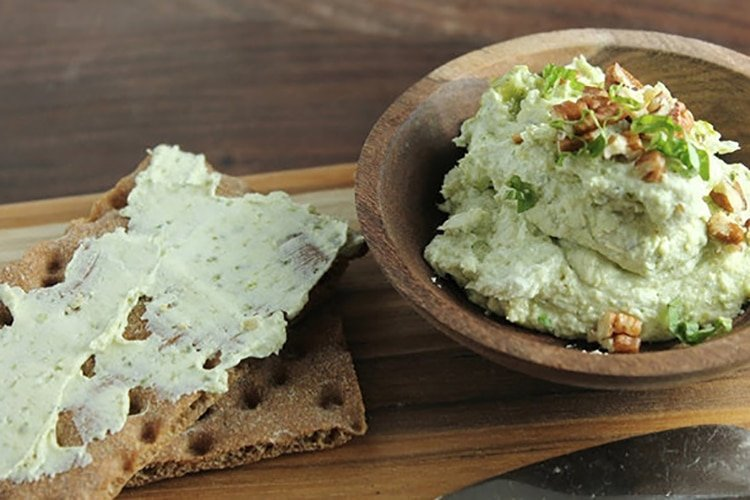 Goat Cheese Pesto Spread