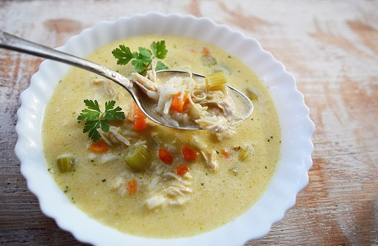 Easy Slow Cooker Chicken & Rice Soup Recipe