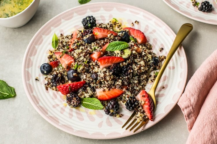 refresh your palette with this Summer Fruit Quinoa Salad