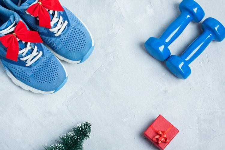 If you need to commit to something this holiday season to stay in shape, it should be this workout designed to keep holiday weight gain away.