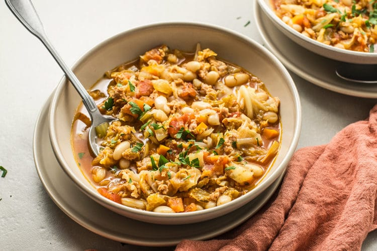 Slow Cooker Hearty White Bean Stew