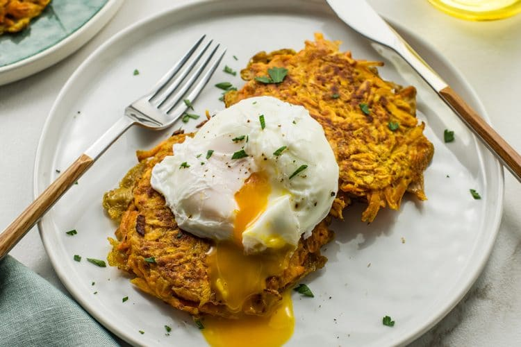 Easy Sweet Potato Hashbrown Cakes with Poached Egg