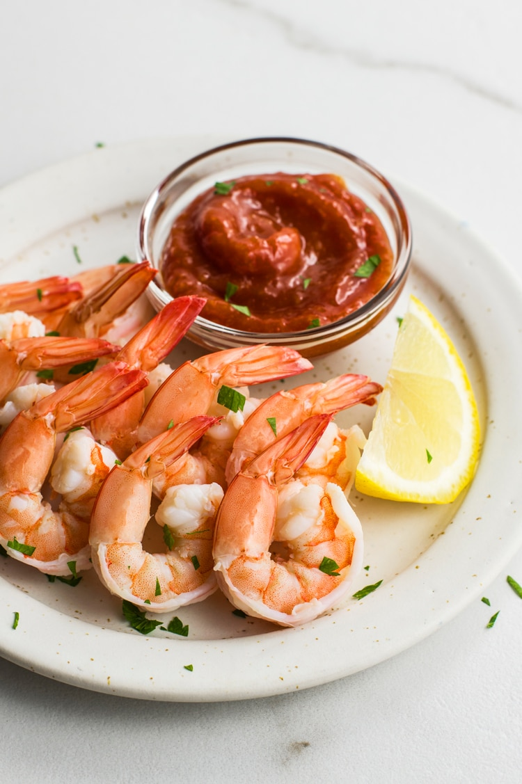 Classic Shrimp with Cocktail Sauce