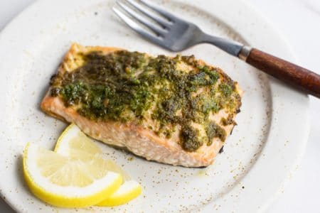 In Need of a Quick & Healthy Weeknight Recipe? Try this 20-Minute Easy Pesto Salmon!