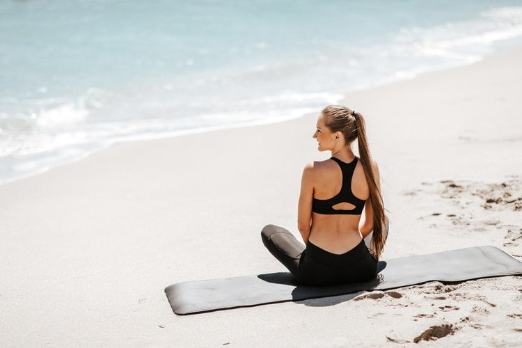 These 7 Killer Bodyweight Exercises For An Amazing Summer Body are All You'll Need to Hit the Beach