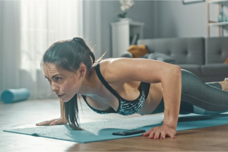 This total body morning workout will burn your muscles, keep you sweating and kickstart your metabolism to burn fat all day long.