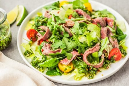 How to Ensure that the Salad You're Eating Really is Healthy