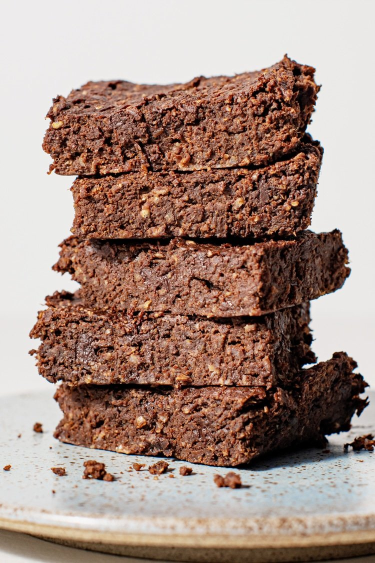 These irresistible sweet potato fudge brownies are gooey and delicious with every bite!