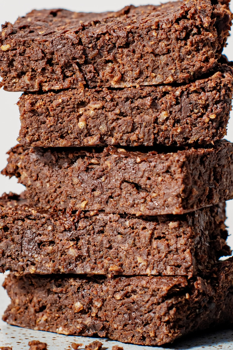 Bite into this rich, decadent Sweet Potato Fudge Brownie and let your worries fade away. Packed with nutrition, these decadent goodies are virtually guilt-free!