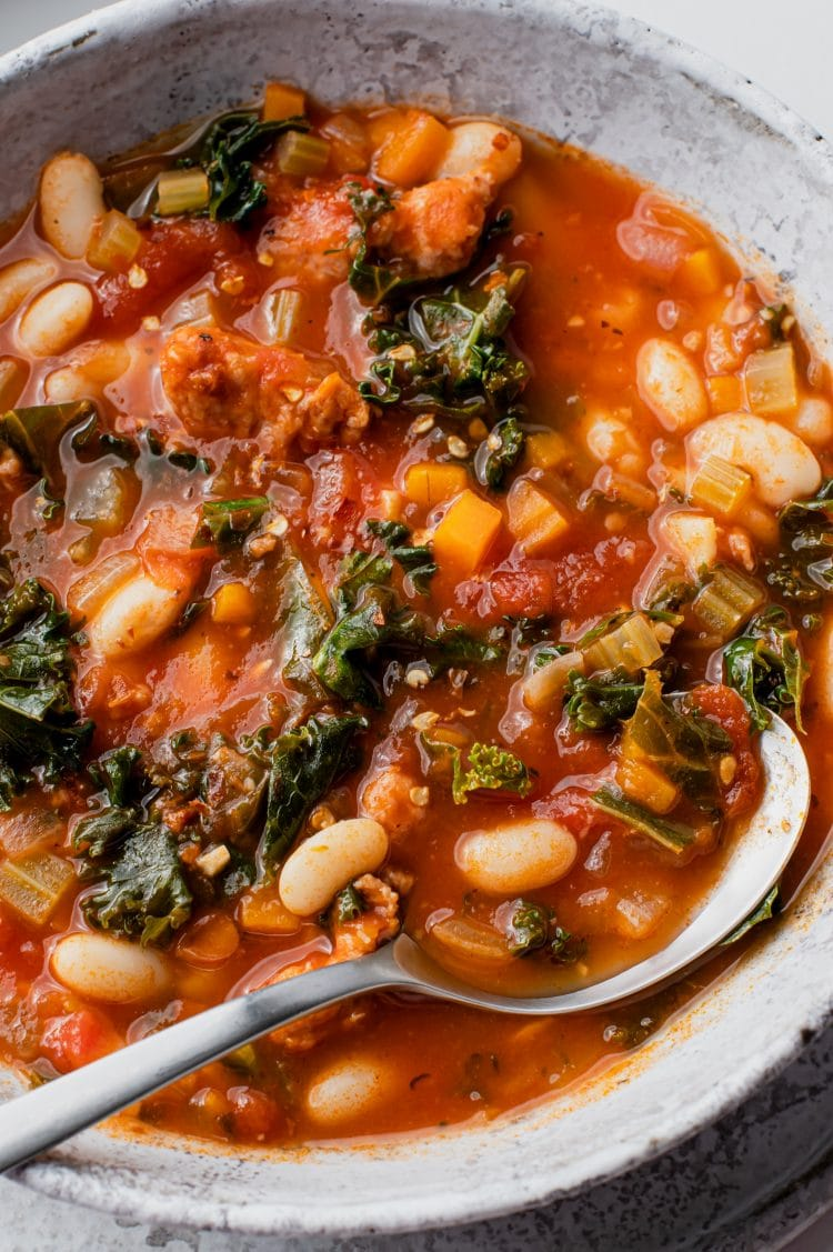Cold weather evenings call for this healthy yet comforting, Italian soup!