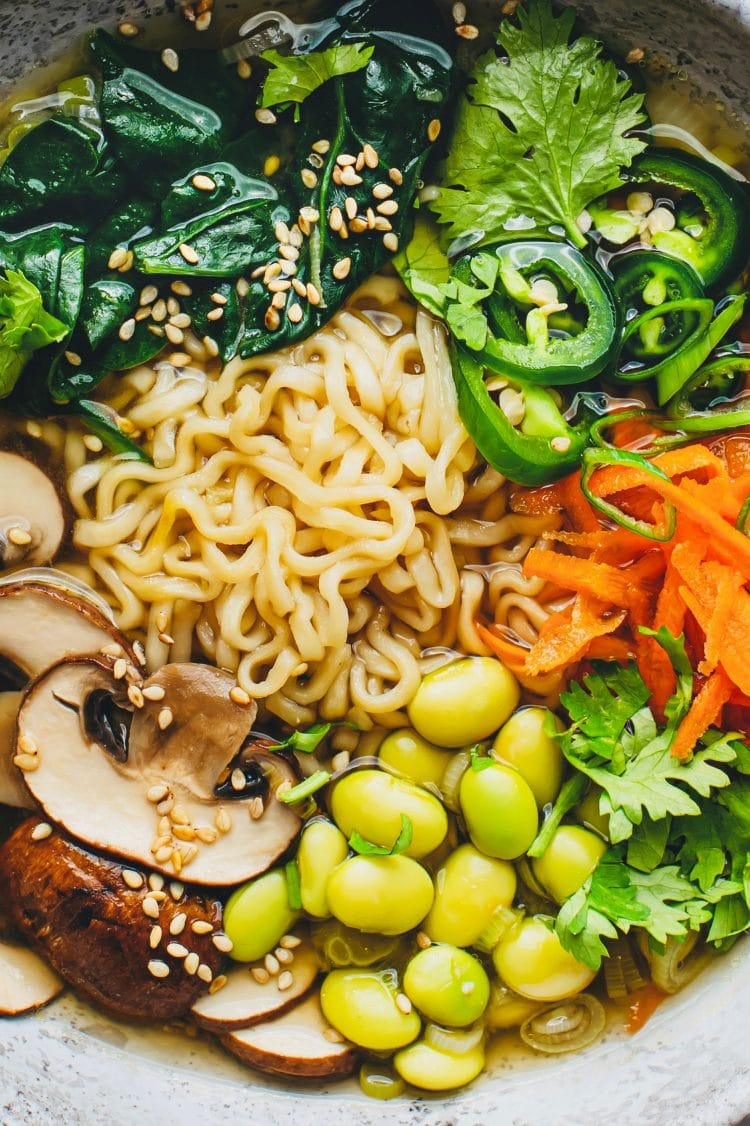 A beautiful plant-based ramen recipe that the entire family will go crazy for!