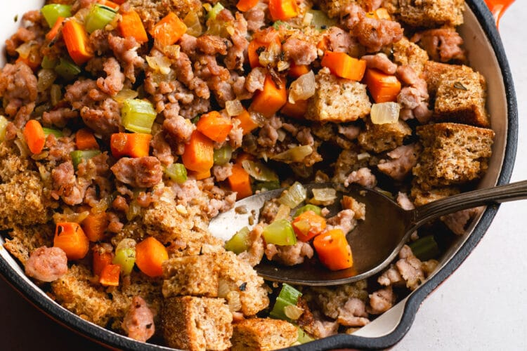 This Healthy Cast-Iron Stuffing Recipe is made with fresh and delicious ingredients!