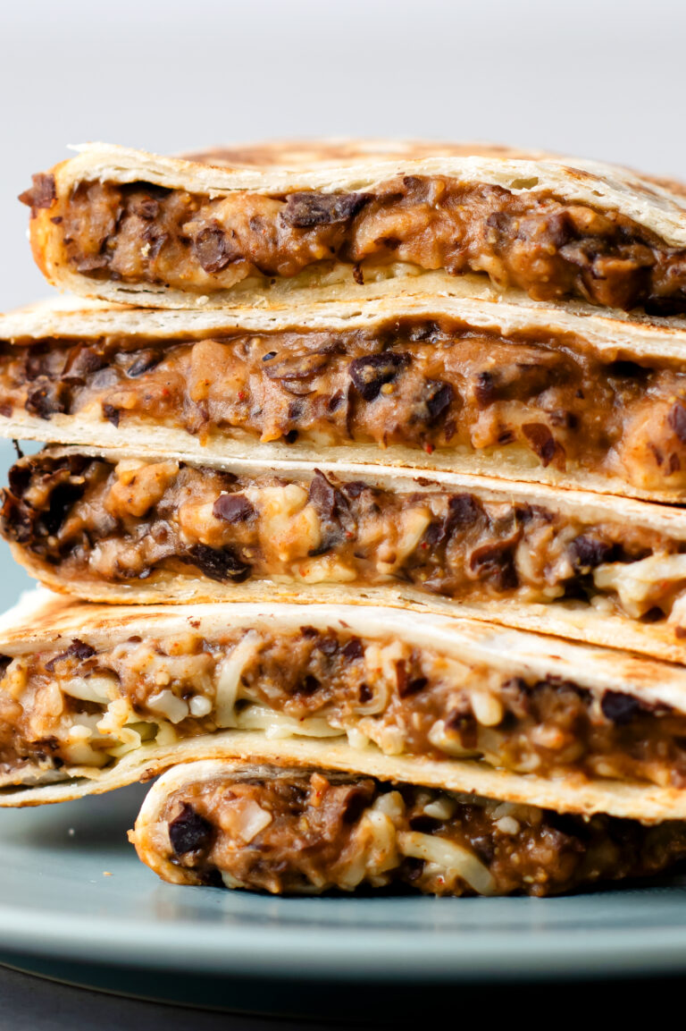 These delicious black bean quesadillas are full of the southwest flavor you love!