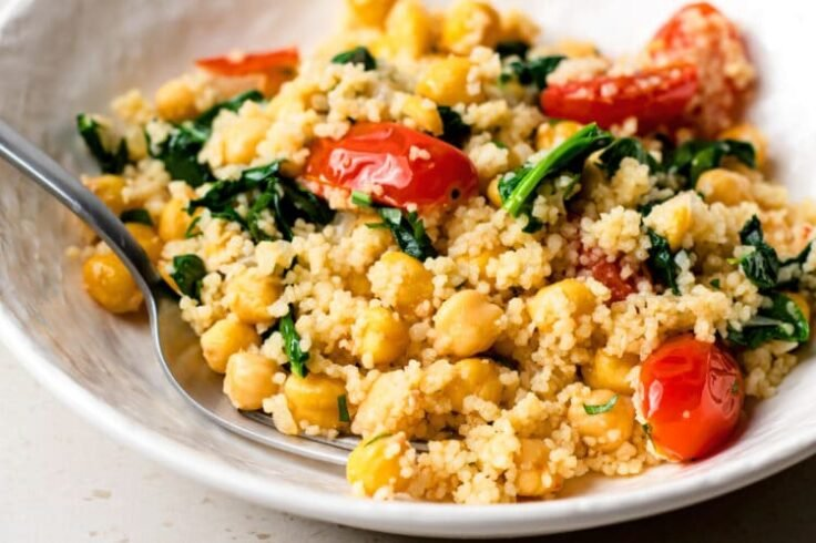 Our chickpea couscous with spinach and tomatoes is sure to become a new family-favorite.