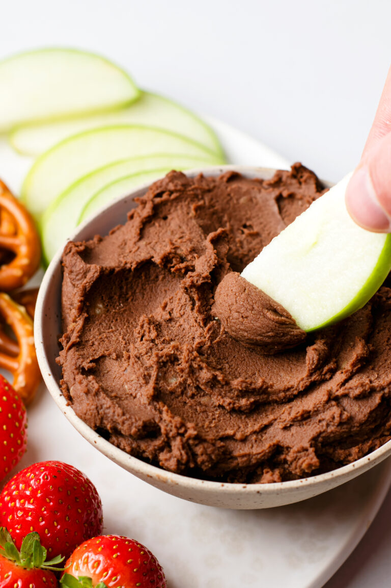All it takes to make this tasty and satisfying fruit dip is a few simple, healthy ingredients!