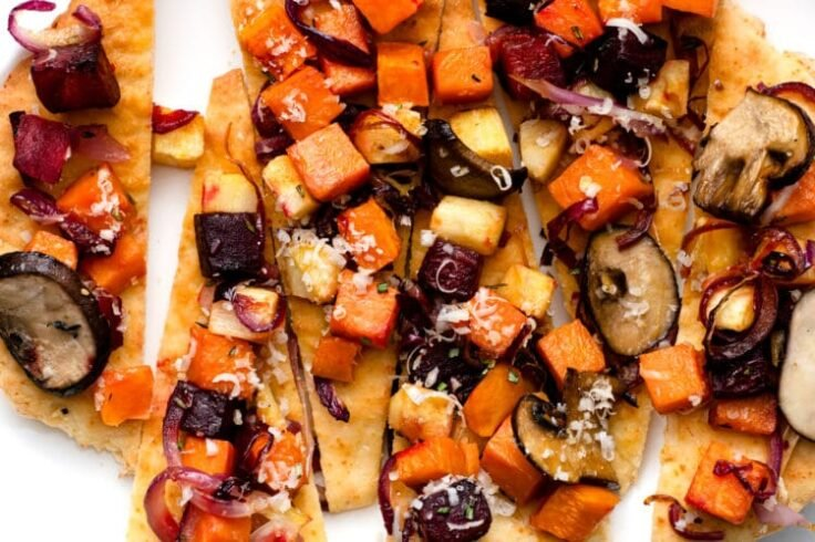 Our Easy Roasted Vegetable Flatbread is loaded with nutritious ingredients and festive flavor!