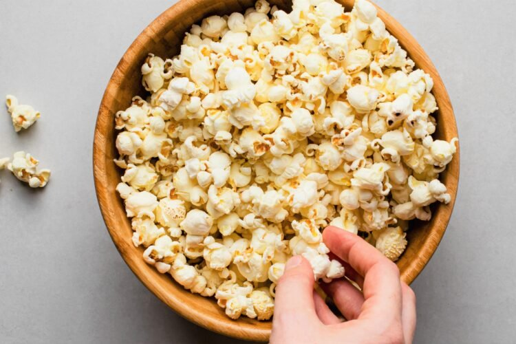 Grab this easy sea salt skillet popcorn the next time you're cravings something salty!