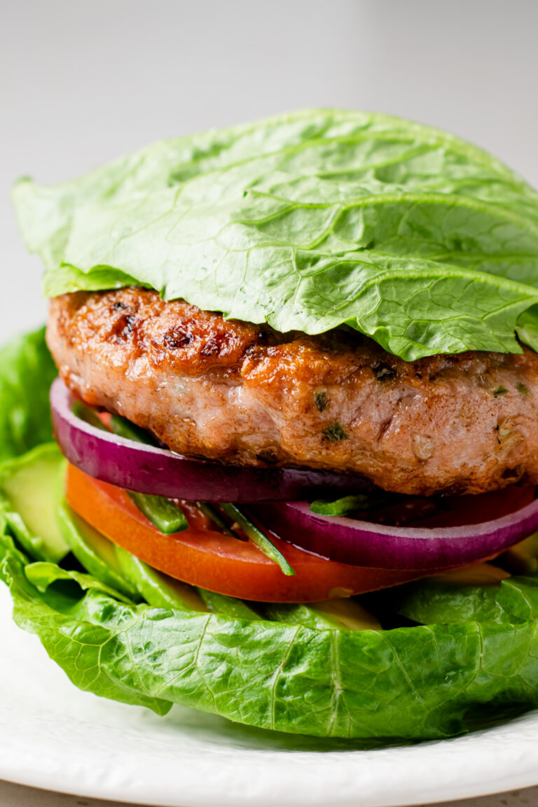 Make these easy keto turkey burgers for dinner tonight!