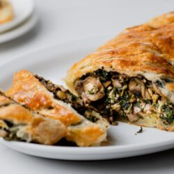 This Vegan Mushroom Wellington Will Be the Star of Your Holiday Dinner.