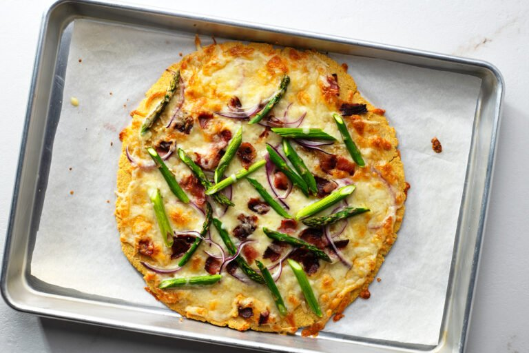 A light pizza recipe that is full of flavor and nutrients.